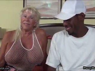 72 rok starý stará mama craves veľký čierne vták: zadarmo porno d4