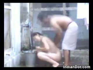 Horny Indian Aunty Fucking And Bathing