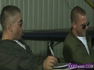 Çok seksi bukkake pilot getts bir zor deli