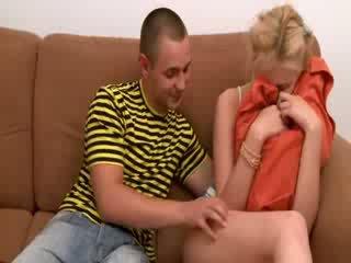 Trojček s two blondinke teenies