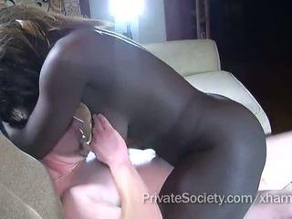 chatte rasée, cock sucking, interracial