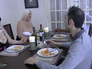 Agedlove babka bucľaté lacey hviezda met ju friends: porno d9
