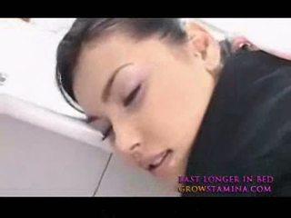Maria ozawa חם אסייתי stewardes מזיין מן מאחורי 2