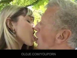 całowanie, cum w ustach, obciąganie