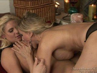 leszbikus szex bármilyen, forró big breast, leszbikus forró