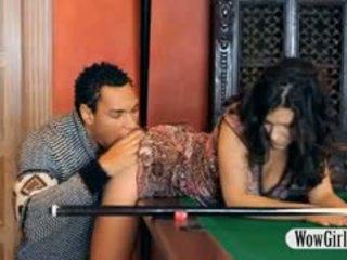 セクシー penelope ファック とともに ブラック ディック 上の billiards テーブル