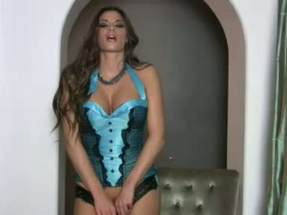 Lusty cantik madelyn marie gets terlalu seksi untuk menangani di dia scorching pakaian lingerie