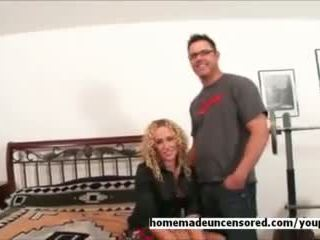 Amateur hot nasty milf sucking dick at home