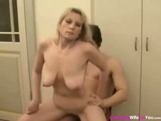 cougar, mother, housewife