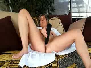 Lisa, French naughty nurse with an enormous god ebony