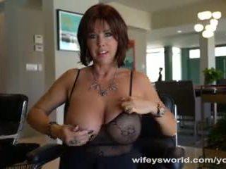 Fucking Wifey S Sister Before She Swallows Jizz