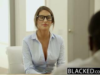 Blacked august ames gets an antar ras tetesan sperma
