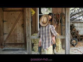 Heiß cowgirl dani daniels creampied outdoors