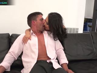 Slender asian Asa Akira getting her anal fix early in the morning
