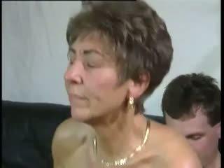 Tante: gratis oma & oud & jong porno video-