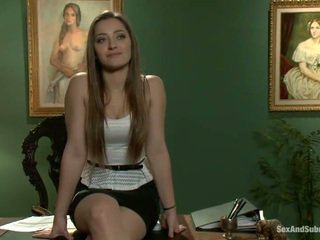 Superb dani daniels has constrained üles ja banged onto a tabel