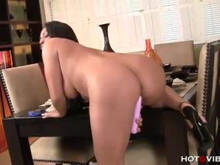 Adrianna luna - 看 我 玩