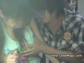 Spycam muda asia pelajar putri