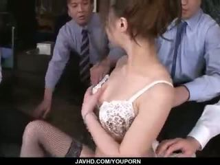 Aiko hirose gets fucked by all her kantor colleagues