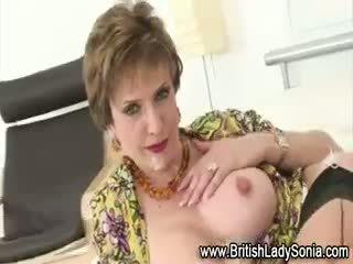 fersk store bryster noen, beste british fin, cumshot