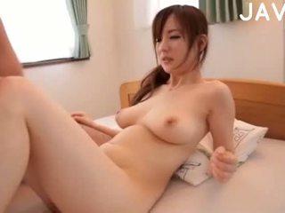 brunette, japanse, pijpbeurt