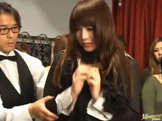 Japonesa av modelo gets pulled fora