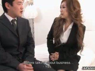 办公室 女士 aiko nagai 在 一 淫 三人行