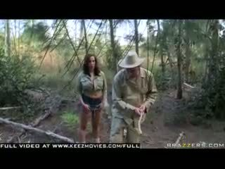 Kelly divine - attack of the jugg hungry bees!