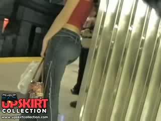 Аз наляво мой скрит работа в на underground и заловени това сладурана момиче в стегнат дънки