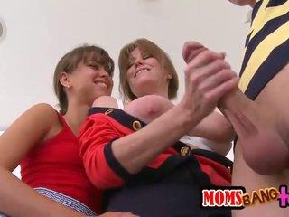 נוער ו - אמא חורגת מניה a טוב קשה זין