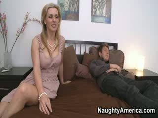 cougar, ibu rumah tangga, milfs