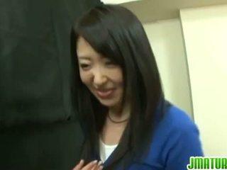 Japán érlelődik: japán érett feleség gets szar kemény -ban a játék.