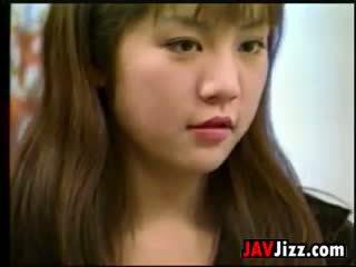 Сладъл японки момиче чукане uncensored