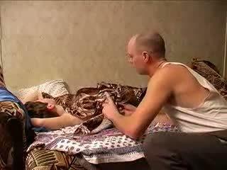 Vyzreté mama a otec sexing (amateur milfka )