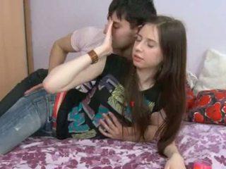 Αυτό 18yo κορίτσι having σπέρμα σε αυτήν hole