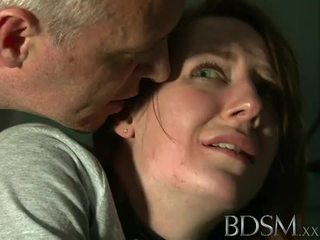 Bdsm: tineri adolescenta tortured de maestru alb