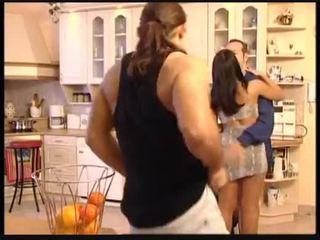 Christina i michelle pieprzyć the plumbers