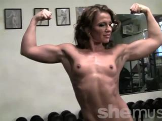 Pornstar Inari Vachs Works Out at the Gym