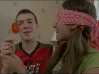 青少年 吸盤 challenges 一 公雞