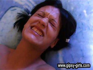 Gipsy 19young gipsy masturbation baise