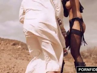 Pornfidelity karmen bella captures białe kutas <span class=duration>- 15 min</span>