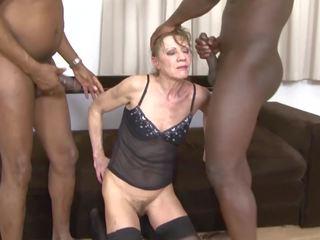 Interrazziale porno nonnina dped da two nero men anale e
