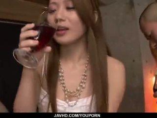 Kazumi nanase feels birkaç men ipek onu cherry