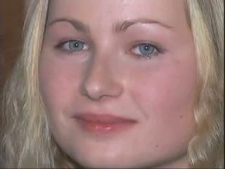 Blondýnka dívka does ji odlitek porno v the sprchový video