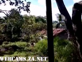 29 бразилски taking душ в на ферма