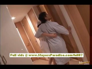 Rio hamasaki 亞洲人 護士 在 制服 gets 的陰戶 licked
