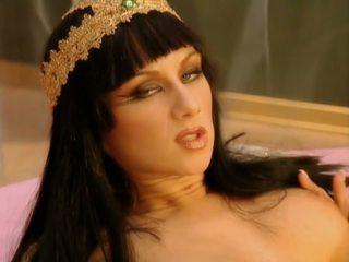 Cleopatra 1-1: gratis anal hd porno video 39