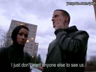 Čeština přítelkyně lucie threeway pro hotovost