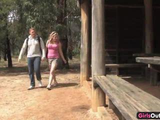 Sucio australiana rubia turista follada en la matojo