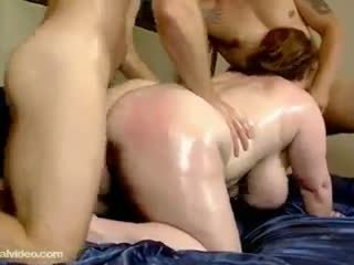 Slutty plump mom aku wis dhemen jancok seana rae fucks her sons friends